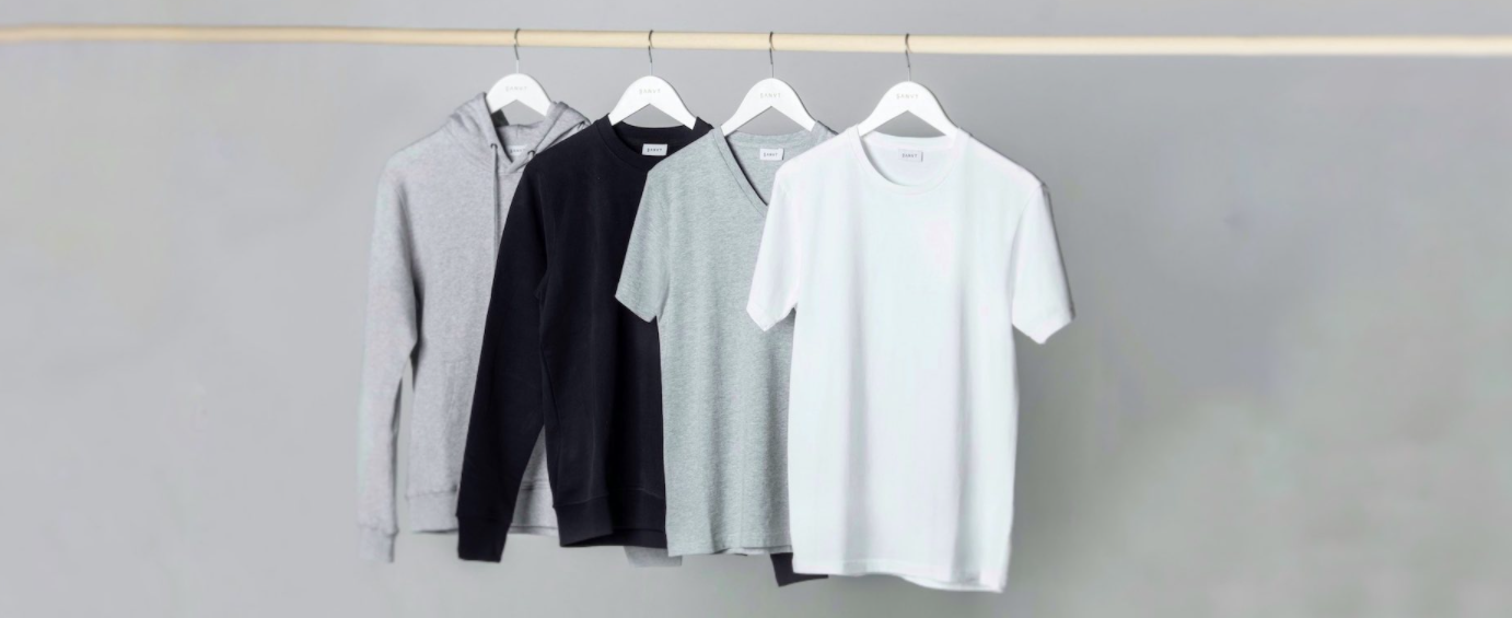 5 Sustainable Wardrobe Tips For Green People